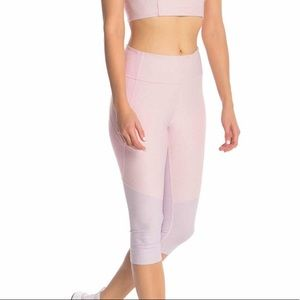 Outdoor Voices Colorblock cropped leggings, M